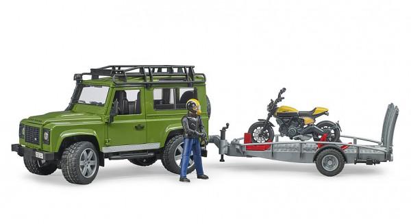 Land Rover Defender mit Anhänger
