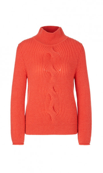Pullover Knitted in Germany